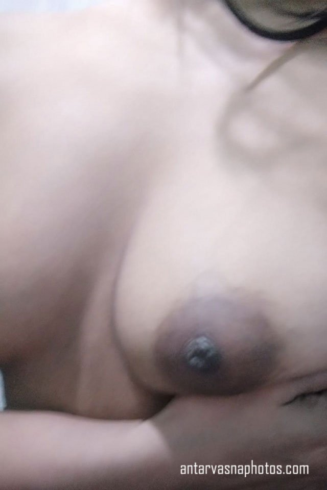 Puja ki boobs ki photos