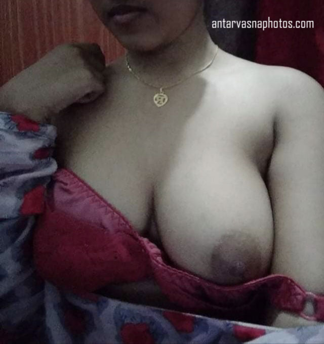 Sarita ki kadak boobs ki photos