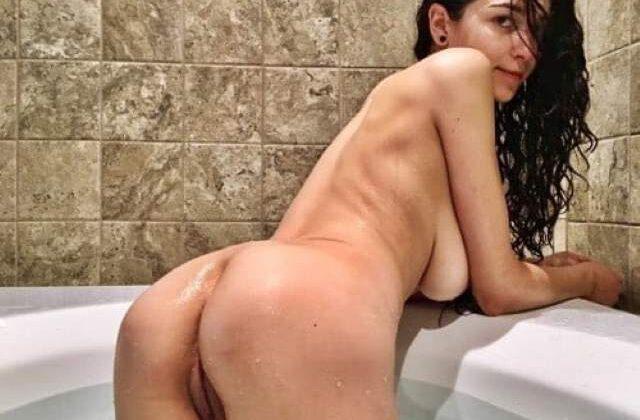 big boob babe ki gaand