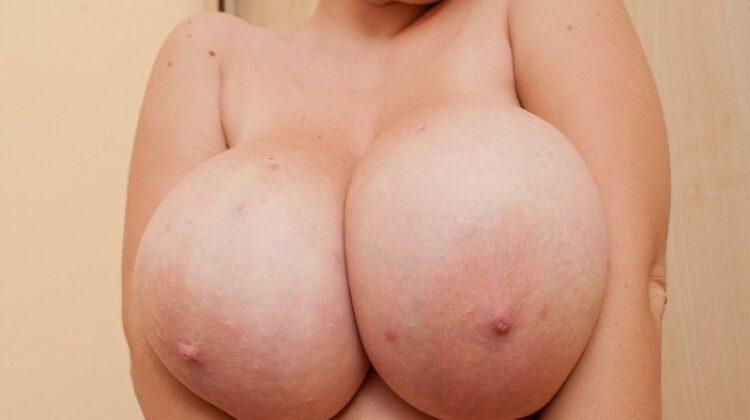Big boobs ki photos