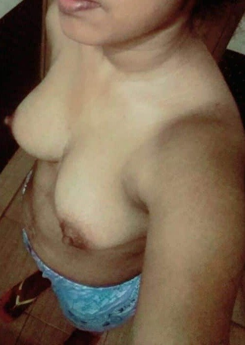 Desi girlfriend ki nude photos