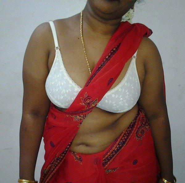 Mallu aunt ke bade boobs