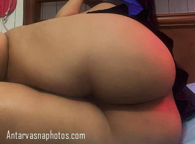 Sexy gaand dikhati shabana let ke gaand dikhati